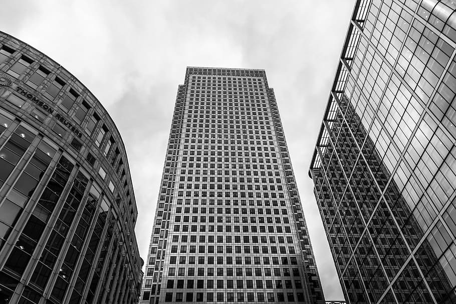 House Prices in London's Financial Districts are Plummeting